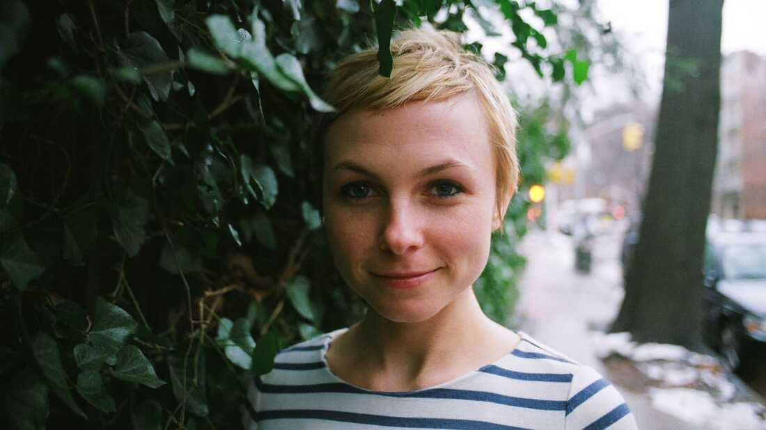 Kat Edmonson Hopes This Song Project Entry, 'If You're Scared,' Will Comfort Her Mom