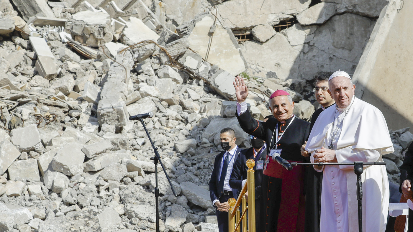 Pope Francis Visits Iraqi Region Where Cities And Lives Were Shattered By ISIS