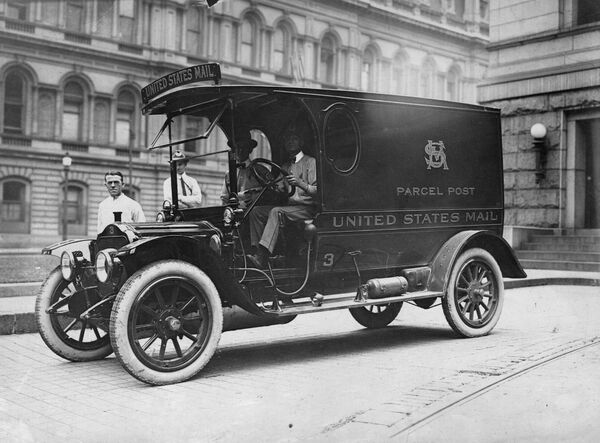 A new truck put into service by the United States Mail for the delivery of Parcel Post in 1910.