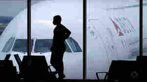 More U.S. Travelers Are Flying Again Despite COVID-19 Risks