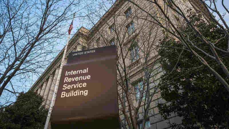 IRS Expected To Push Back Tax-Filing Deadline