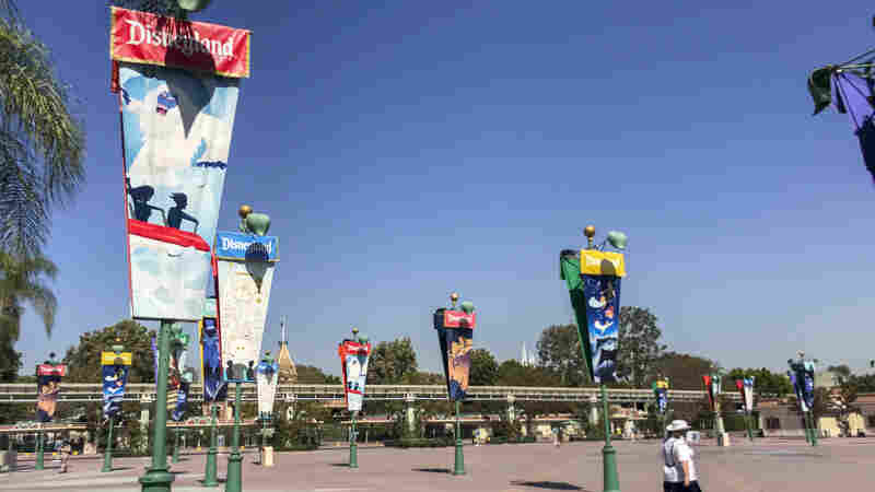 Disneyland Theme Parks Will Reopen To California Residents In April
