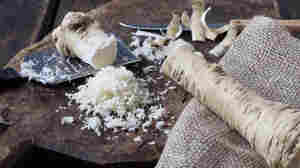 The Sting That Cuts Through Numbness: Horseradish On Pandemic Passover Tables