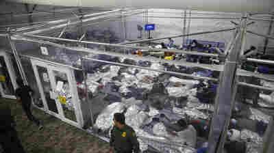 Almost 19,000 Migrant Children Stopped At U.S. Border in March, Most Ever In A Month