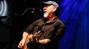 In 'Beeswing,' Richard Thompson Revisits A Big Life Just Shy Of The Mainstream