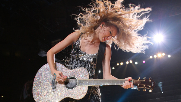Taylor Swift, onstage during the Fearless Tour at Madison Square Garden on Aug. 27, 2009 in New York. Swift released a re-recorded version of her 2008 album Fearless on April 9, 2021.