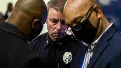 Brooklyn Center Police Chief And Officer Who Shot Daunte Wright Resign