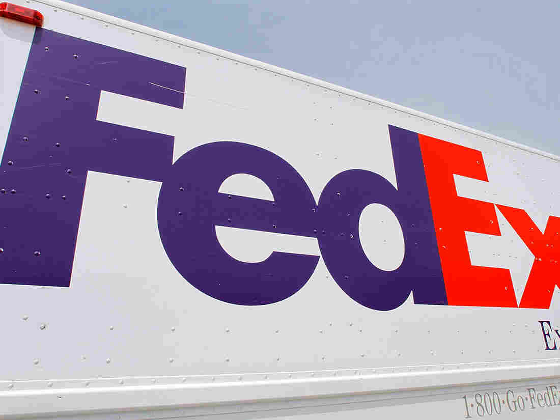 8 killed and mulitiple injured in shooting at FedEx facility in Indianapolis