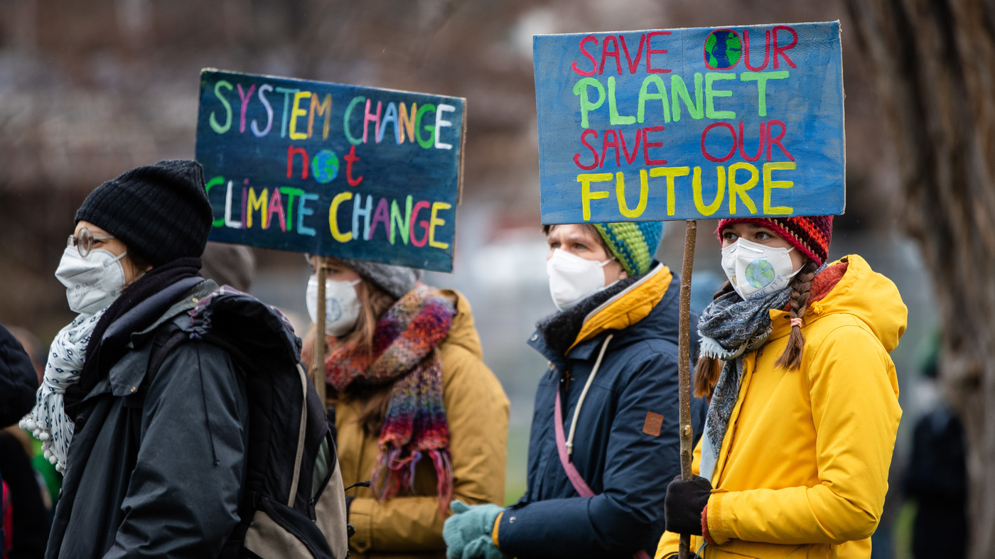 German Court Orders Revision Of Climate Act To Ease Burden On Younger Generation – NPR