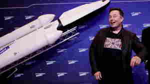 Elon Musk Takes An Awkward Turn As 'Saturday Night Live' Host