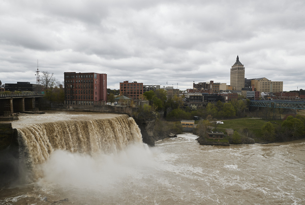 High Falls and the old Kodak Tower offer iconic views of Rochester.