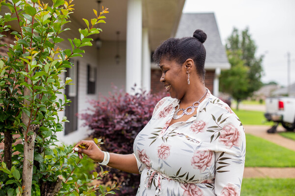"""Tia Cunningham participated in one of """"guaranteed income"""" programs in Jackson, Mississippi, and she was able to get out subsidized housing and use the money as down payment to buy a new house."""