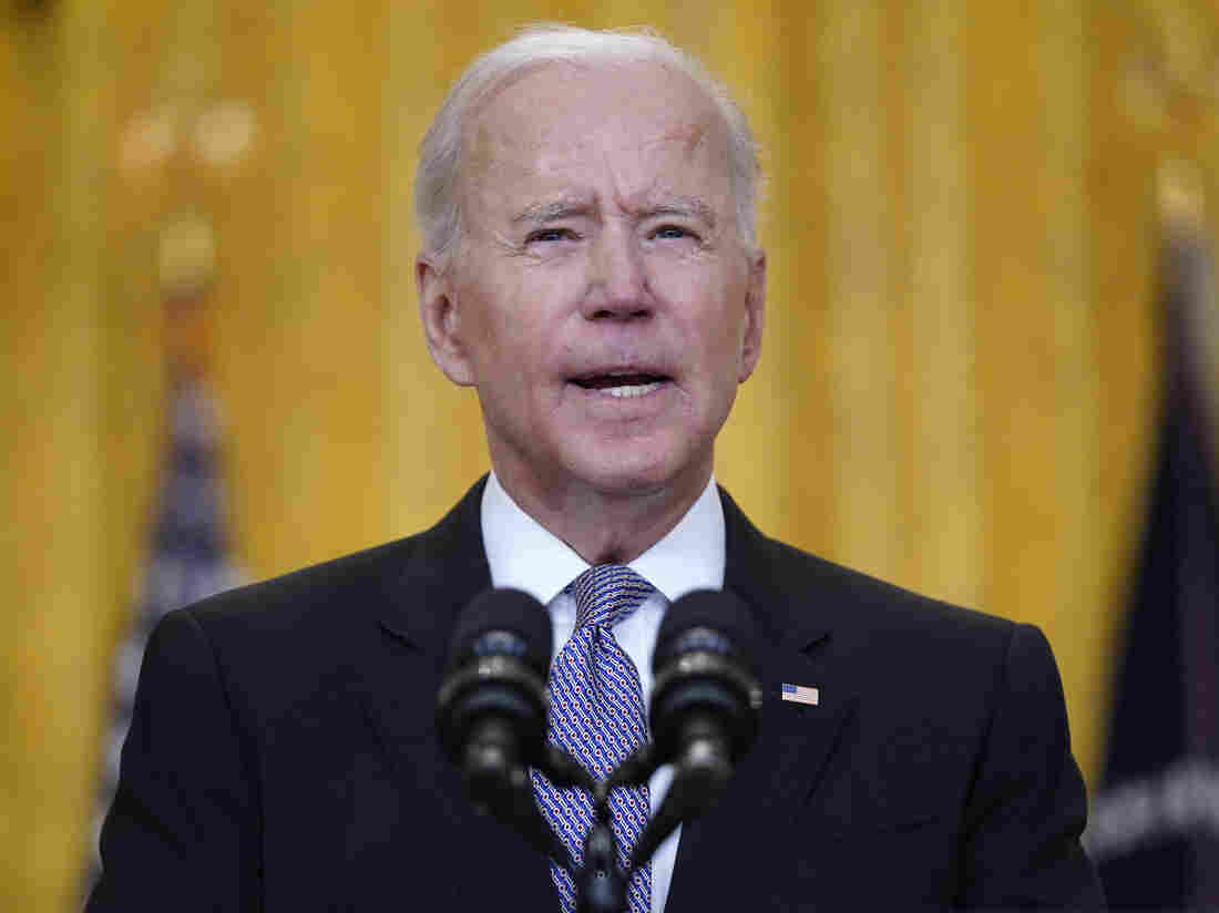 Biden, Harris Release Tax Returns In Return To Tradition
