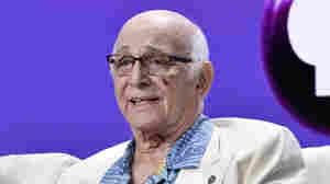 Gavin MacLeod, 'Love Boat' Captain, Dies At 90