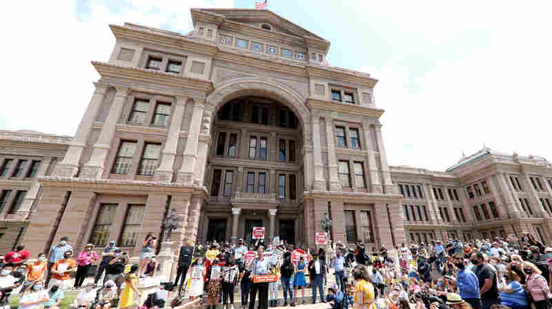 Here Are The Texas GOP's Reasons For Voting Restrictions — And Why Critics Disagree
