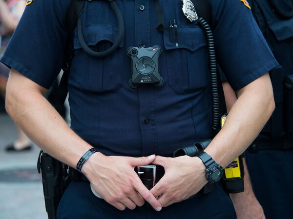 Federal agents will soon be required to wear body cameras in certain situations, Deputy Attorney General Lisa Monaco announced on Monday.