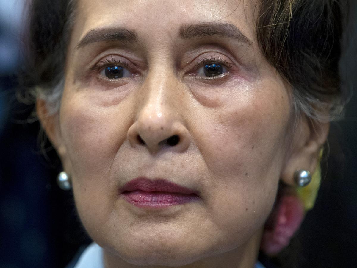 Myanmar junta accuses Aung San Suu Kyi of accepting bribes: NPR