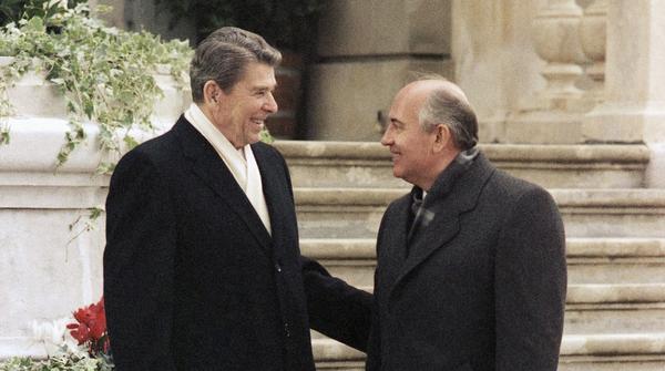 President Ronald Reagan (left) and Mikhail Gorbachev of the Soviet Union talk at Versoix near Geneva on Nov. 19, 1985.