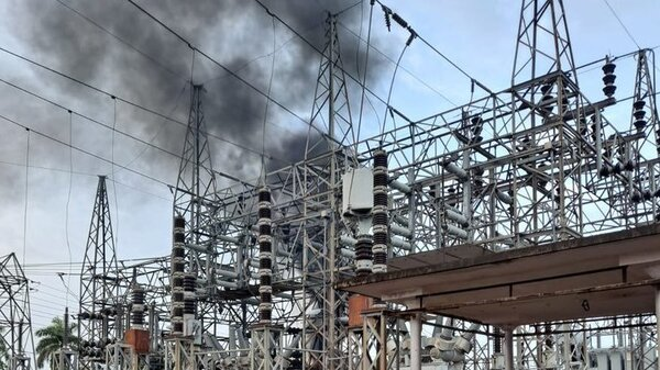 A fire at a Luma Energy substation in San Juan knocked out power to hundreds of thousands of residents in Puerto Rico Thursday.