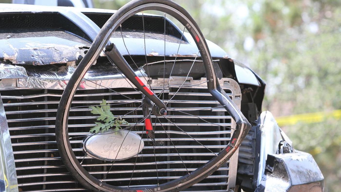 Driver Rams Cyclists In Arizona Race Critically Injuring 6 – NPR