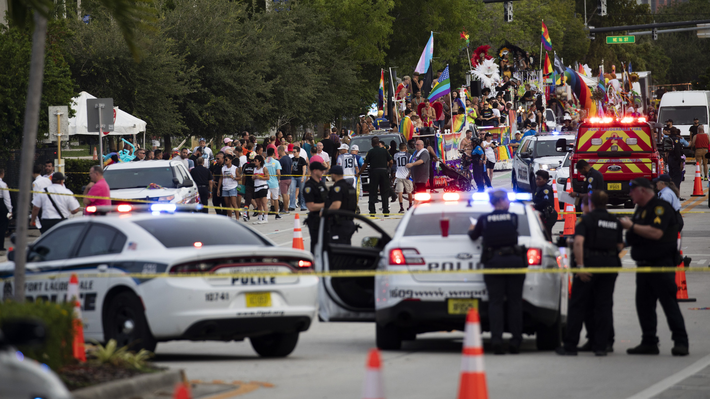 A Driver Crashed Into The Crowd At A Pride Parade In Florida Killing One Man – NPR