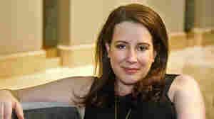 'Bridgerton' Author Julia Quinn Loses Father And Sister In Utah Car Crash