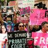 Quyền bảo hộ của Britney Spears đã trở lại trước tòa: Ai là ai, và họ muốn gì