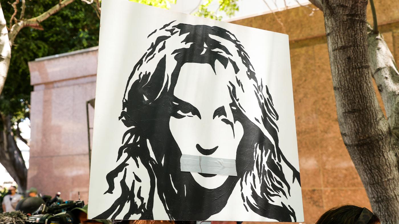 Britney Spears' Conservatorship Concerns Ted Cruz, Elizabeth Warren