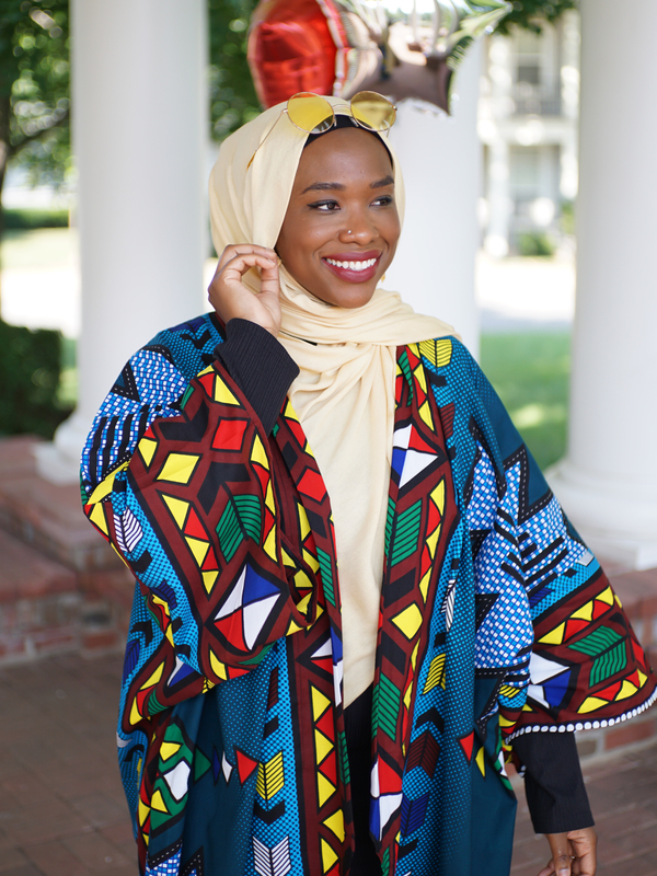 Hakeemah Cummings wears Haute Hijab's Daffodil Bamboo Woven and bamboo/silk blend undercap.