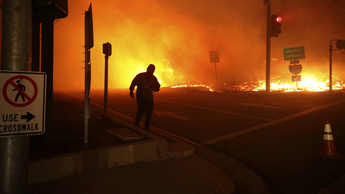 Utility will bury 10,000 miles of power lines so they don't start wildfires: NPR