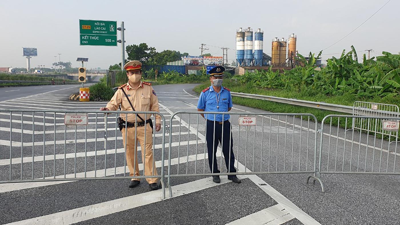 Vietnam blocks Hanoi for 15 days as COVID-19 cases rise: NPR