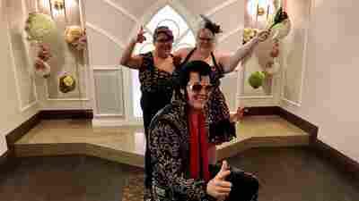 Viva Las Vegas! The City's $2 Billion Wedding Industry Is Back