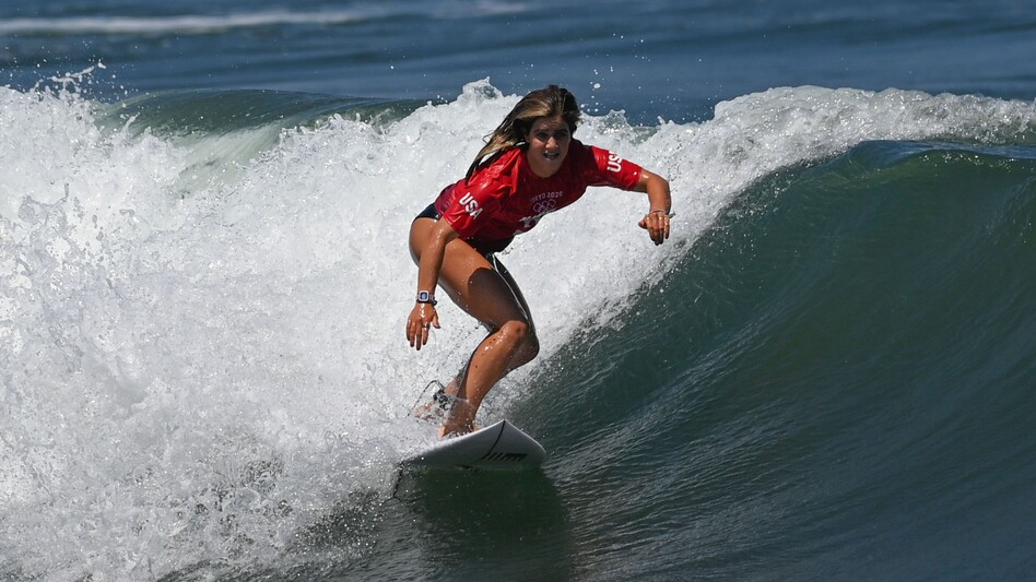 Caroline Marks of the United States competes during Tokyo 2020 women's round 1 heat of surfing at Tsurigasaki Surfing Beach in Chiba Prefecture, Japan, on Sunday. (Du Yu/Xinhua News Agency via Getty Images)