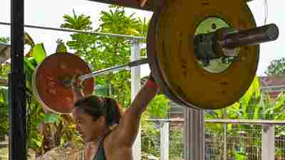 The Lockdown Forced The Philippines' Hidilyn Diaz To Get Creative In Her Training