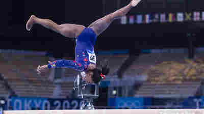 Simone Biles Reminds Us That Even Superstars Feel The Pressure