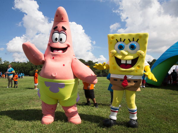 Patrick and SpongeBob are not anatomically correct starfish and sponges.