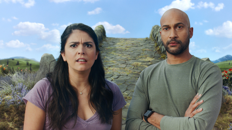 Keegan-Michael Key and Cecily Strong star in the Apple TV+, <em>Schmigadoon!</em> (Apple TV+)