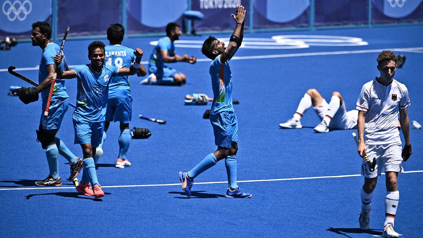 India's Men Win Their 1st Hockey Medal in 41 Years. Next, The Women Get A Chance