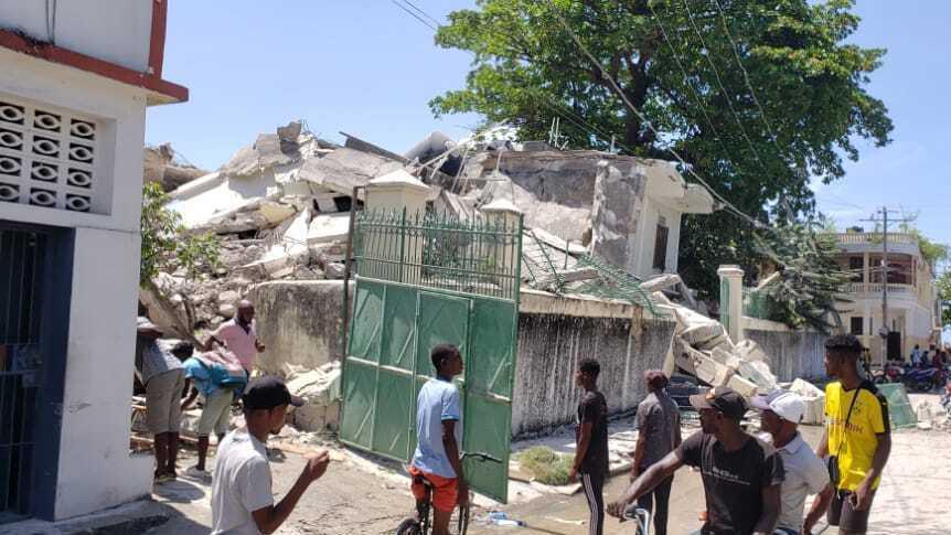 deadly 6.9-magnitude earthquake