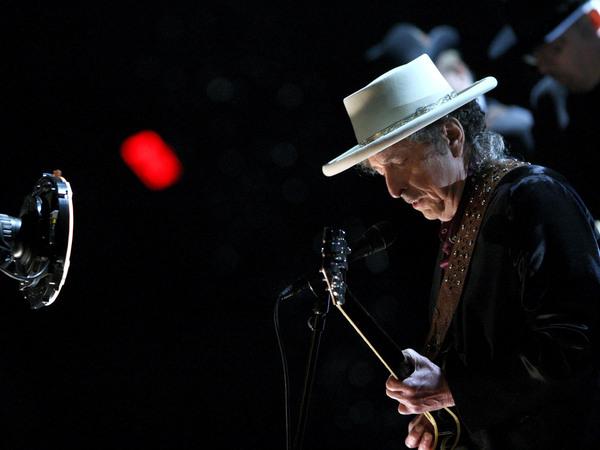 Bob Dylan performing in 2009.