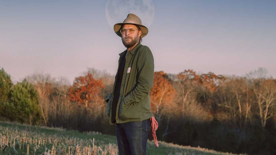 Hiss Golden Messenger Performs Songs From Throughout His Career