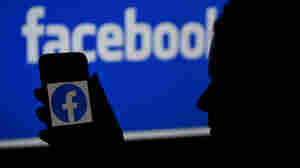 Facebook's Most Viewed Article In Early 2021 Raised Doubt About COVID Vaccine