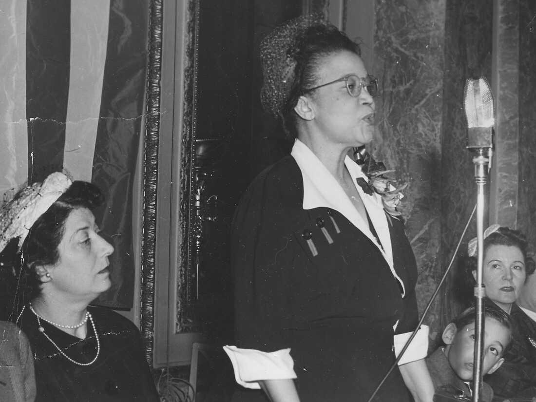 Sadie Alexander delivering a speech, 1959.