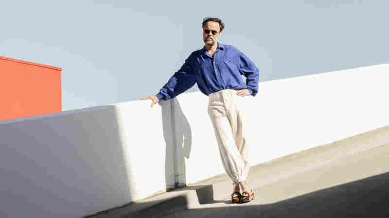 On 'Drama,' Rodrigo Amarante Reconsiders Masculinity Through Childhood Memories