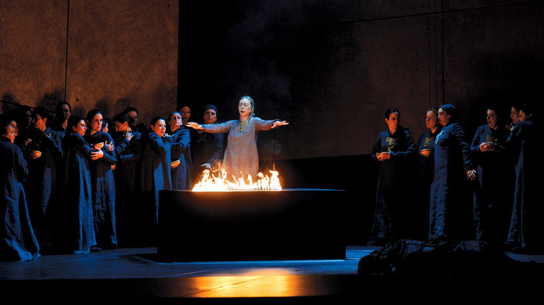 Faced With Deadline Drama, LA Opera Stages A Construction Sprint
