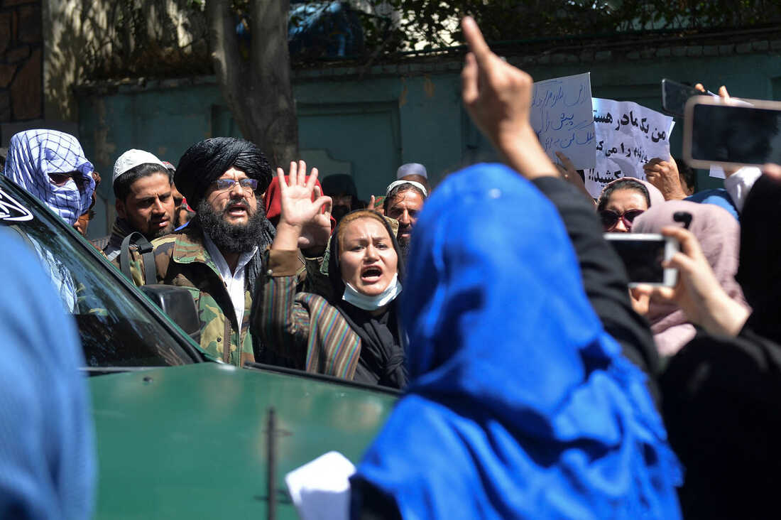 Photos: Afghan Women Are Protesting For Their Rights 5