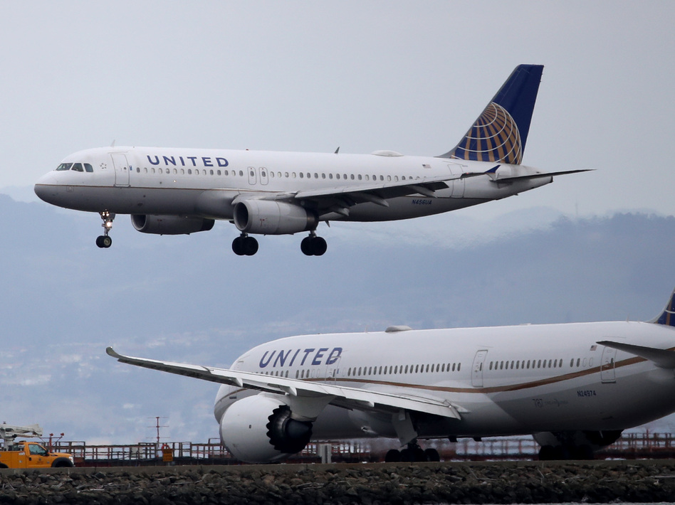 United Airlines has mandated that all U.S. employees be vaccinated against COVID-19 or face termination. Those granted exemptions will be put on leave. (Justin Sullivan/Getty Images)