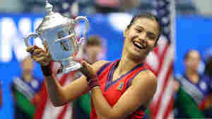 How Emma Raducanu, 18-Year-Old US Open Winner, Made Tennis History