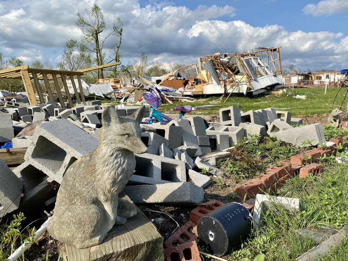 Weeks after Hurricane Ida, tens of thousands of Louisianans still have no electricity: NPR