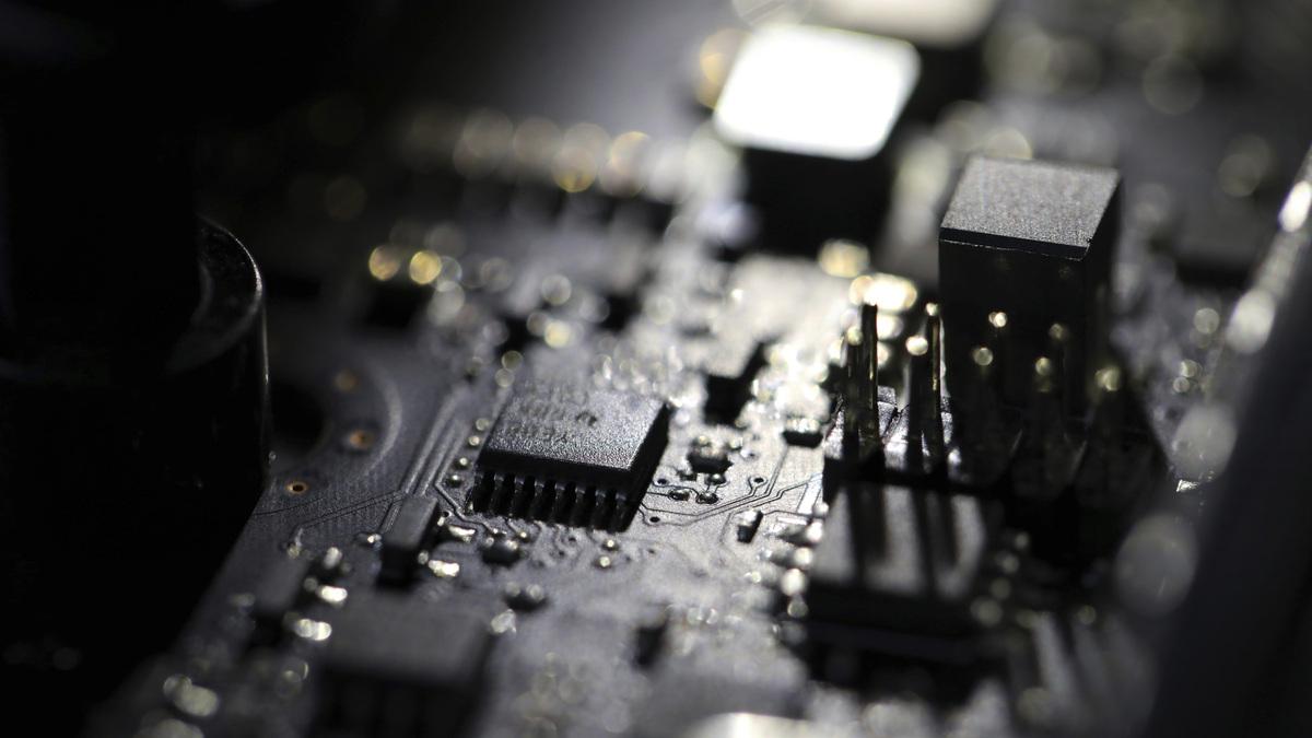US accuses 3 former intelligence agents of hacking UAE: NPR